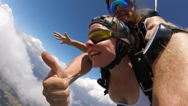 Fallschirmsprung schenken Tandemsprung