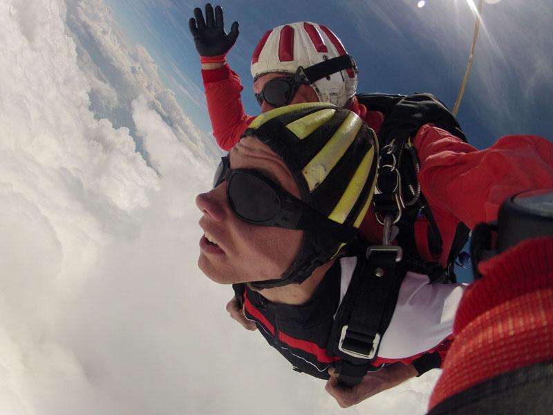 Fallschirm Tandemspringen Zuckerwattewolke