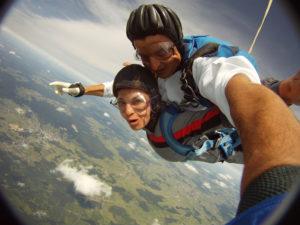 Fallschirmsprung mit Domenica aus Poechlarn