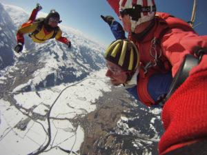 Fallschirm Tandemspringen mit Videoaufnahme